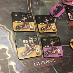 Liverpool, ses 3 ports tous utilisés et un chantier naval en pleine action
